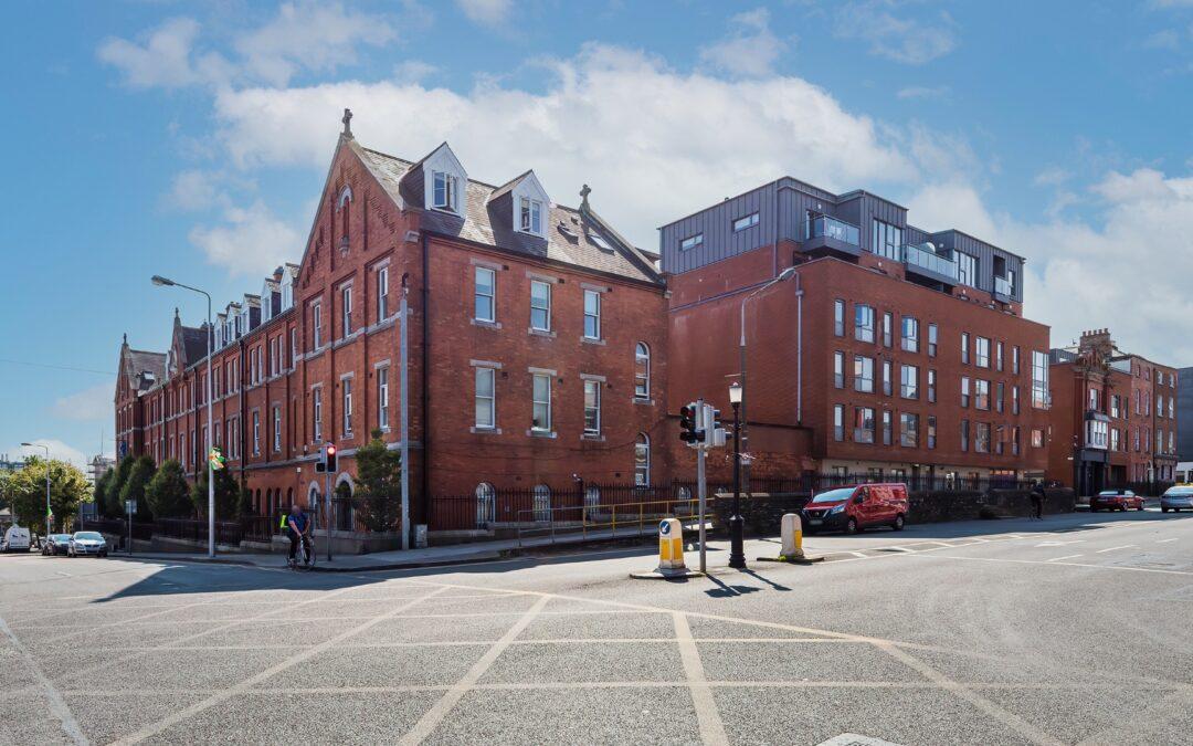 Baileys Court